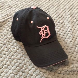 Women's Detroit Tigers Navy and Pink Baseball Hat
